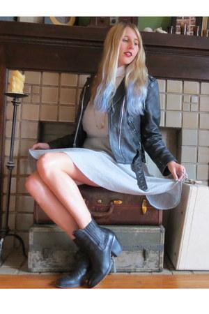 black vintage jacket - black vintage boots