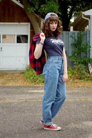 Obama shirt - Levis jeans