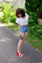red fox EmandSprout shoes - ivory unknown shirt - blue cut off Guess shorts