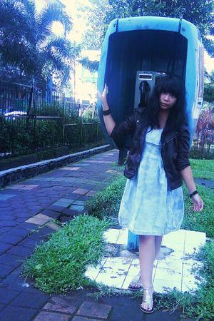 brown jacket - blue dress