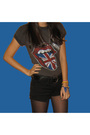 Gray-amplifield-vintage-t-shirt-black-new-yorker-shorts-black-vintage-belt-