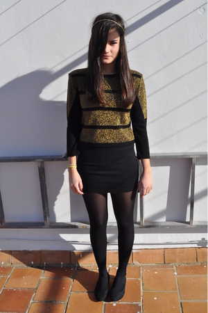 gold H&M accessories - gold Topshop shirt - black H&M skirt - black tights - bla