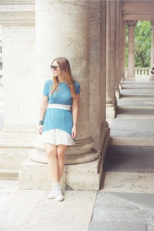 white H&M skirt - turquoise blue mis wish skirt