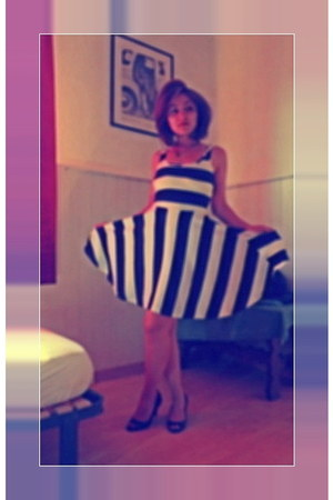 stripes H&M dress