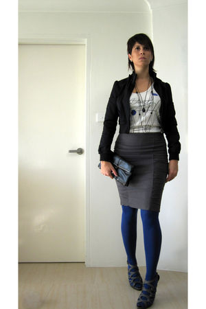 Diesel top - blue H&M tights - black matt&nat purse - gray Barkins shoes - gray