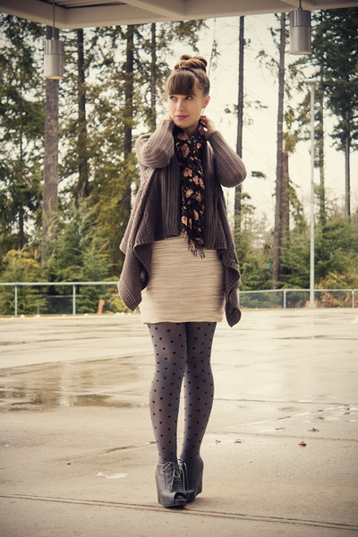 H&M skirt - Jeffrey Campbell shoes - Forever 21 cardigan
