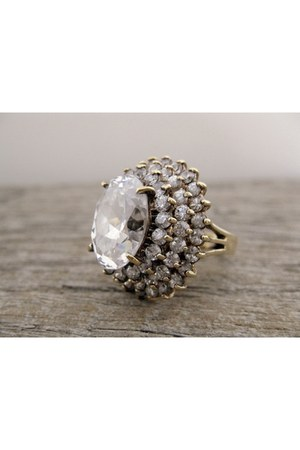 Jolie Gabor ring