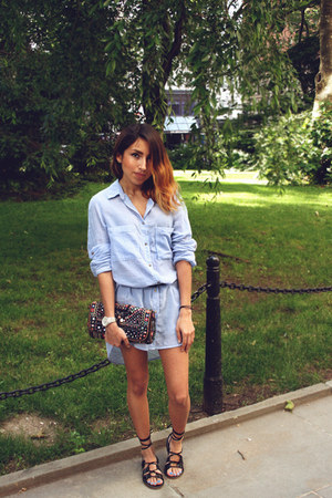 light blue H&M shirt - Urban Outfitters bag - black modcloth sandals
