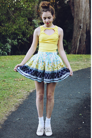 light yellow heart cutout Paper Hearts top - white printed Faith & Lola skirt
