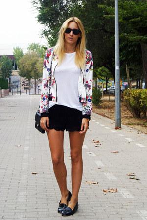 Romwecom jacket - H&M shirt - H&M shorts