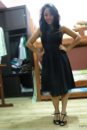 black Thrift Store dress