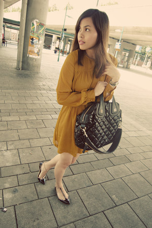 Zara flats - H&M dress - Givenchy bag
