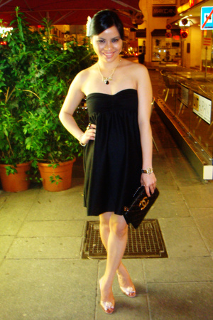 H&M dress - Christian Louboutin shoes - vintage chanel purse