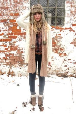 knit Forever 21 scarf - skinny jeans - fur trapper hat - Forever 21 shirt