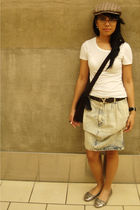 shirt - belt - shoes - skirt