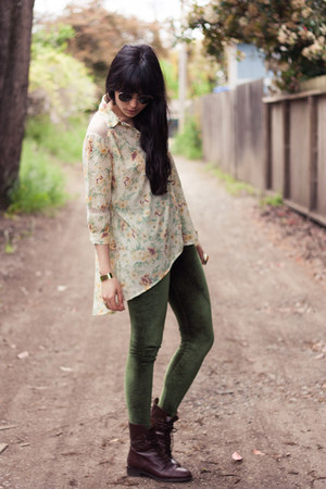 dark brown madewell boots - olive green American Apparel leggings