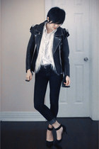 navy Forever 21 jeans - black H&M jacket - black Zara pumps