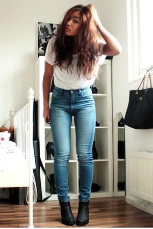 Sixty Seven boots - Monki jeans - Monki t-shirt