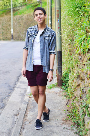 heather gray Local store shirt - white Bershka shirt - crimson Primark shorts