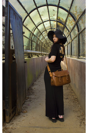 Cosmos purse - black maxi dress dress - black sunhat hat