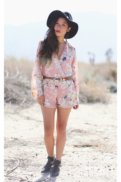light pink lulus romper - black Forever 21 hat