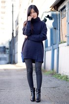 navy Zara sweater - black Nine West boots - dark gray Uniqlo leggings