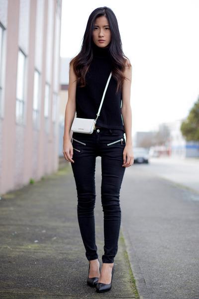 white Mango wallet - black Mango sweater - black Zara heels - black Mango pants
