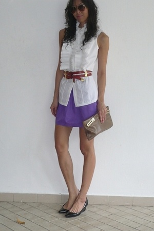 BCBG blouse - American Apparel skirt - vintage belt