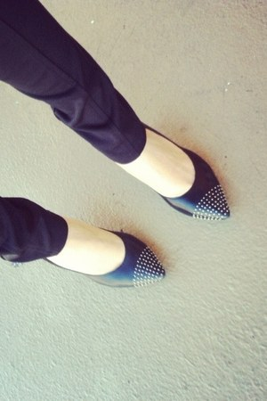 stud DKNY heels