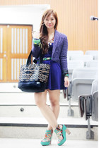 light purple cropped Culte Femme blazer - black team manila bag