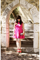 hot pink Zara dress - red Parfois wedges - Bershka wallet