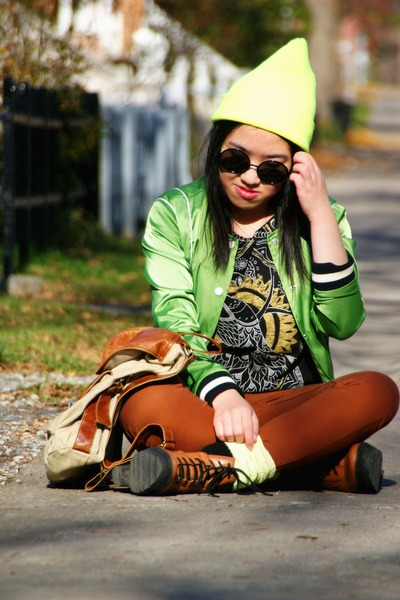 tawny Urban Outfitters boots - yellow beanie American Apparel hat