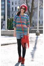 green vintage Urban Outfitters sweater - brick red menitoka boots