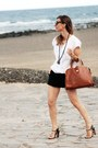 Mango-shorts-zara-blouse