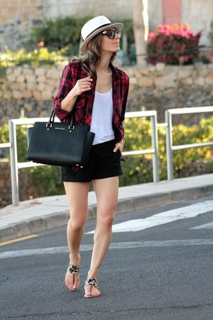 maroon Zara shirt - Michael Kors bag - Mango shorts