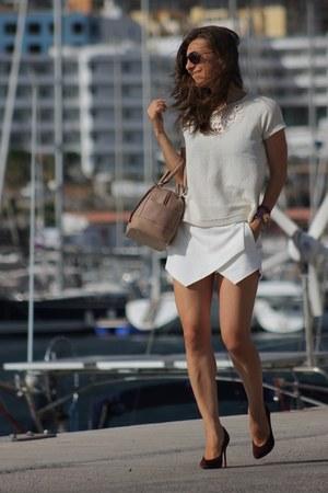 Zara shorts - Mango top - Christian Louboutin pumps