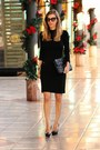 Burberry-dress-christian-louboutin-pumps