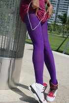purple We Love Colors tights