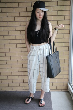 white H&M pants
