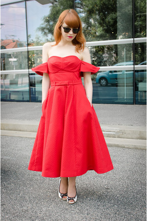 red vika gazinskaya & other stories dress