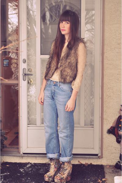 light brown fur vest fur blue notes vest - light blue H&M jeans