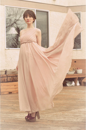 pink faux fur Forever 21 jacket - light pink gown wwwsheinsidecom dress