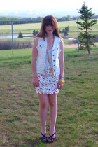 white zara floral Zara skirt - blue Rocket Dog shoes