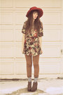 Green-floral-dress-mama-stone-vintage-dress-salmon-winners-hat
