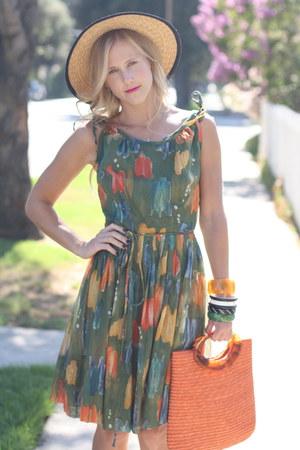 vintage dress - vintage hat - vintage purse