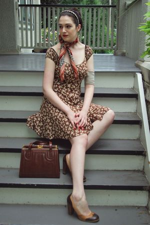 brown Garage Sale dress
