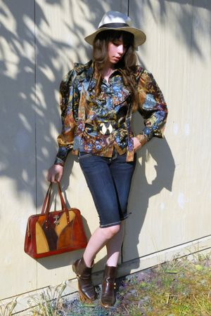 brown vintage blouse - blue vintage jeans - brown vintage shoes - brown vintage