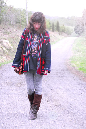 dark brown knee high vintage boots - heather gray bycorpus jeans - navy ethnic b