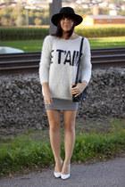 white Forever 21 jumper