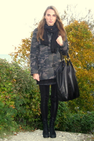 Tiger of Sweden jacket - Vero Moda leggings - second hand boots - Friis & Compan